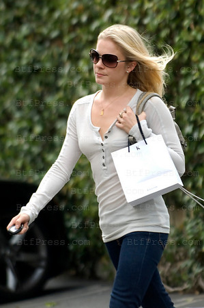 LeAnn Rimes make some shopping and haidresser in Fred Segal in Santa Monica,California.