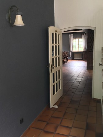 Looking into large room from the side entrance.