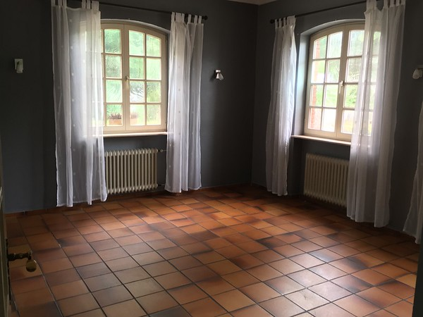 Large room for bedroom, office or project room