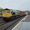 66567 4M61 Southampton - Trafford Park passing Leamington Spa