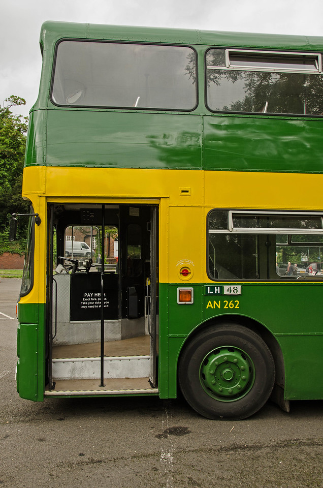 AN262 in Randalls Road car park, Leatherhead