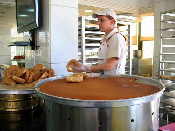 Kunafa Burgers - Kunafa is a sweet made of semolina.
