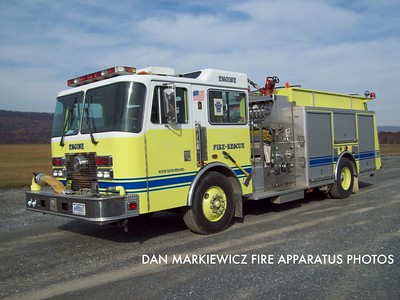 FORT INDIANTOWN GAP FIRE DEPT. ENGINE 75-1 1994 KME PUMPER