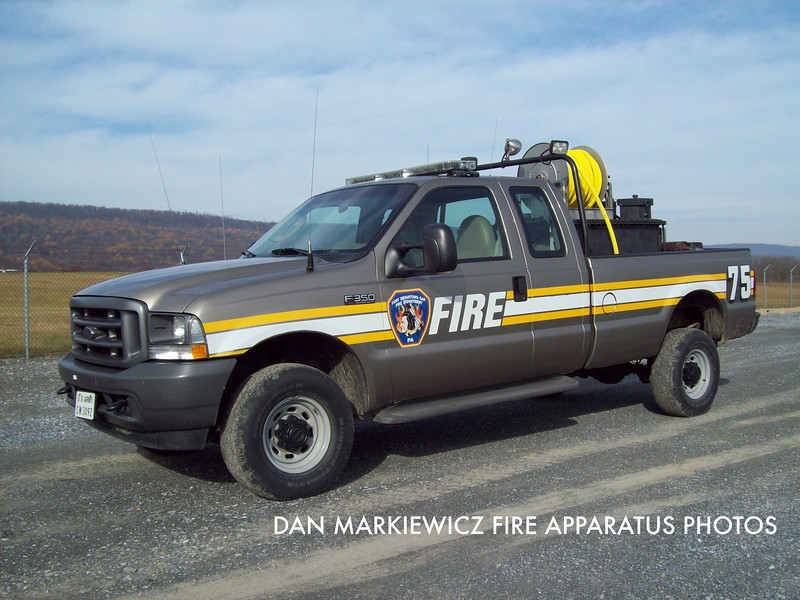 FORT INIDANTOWN GAP FIRE DEPT. ATTACK 75 2004 FORD/FIGFD BRUSH UNIT