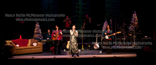 A Leahy Family Christmas Lebanon Opera House, Lebanon NH December 20, 2010 Nancy Nutile-McMenemy www.photosbynanci.com