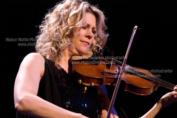 Natalie MacMaster