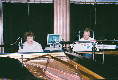 FL and Shirley Lebin jamming in the Maple Room, August 17 1999.