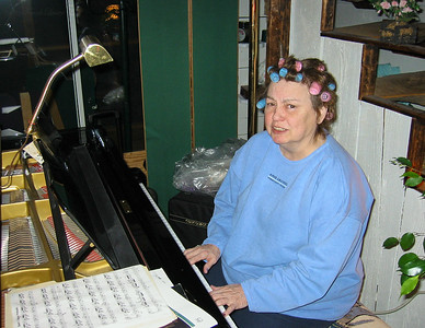 Shirley Lebin playing piano at the Lebin house, Feb 24 2002.