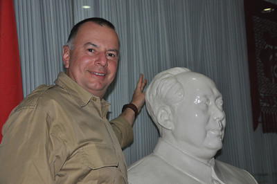 I gave the talk in the lobby of the hotel, off to the side where there were some sofas and, this bust of Mao, which is posing with Mike.