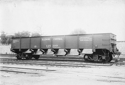 2010.030.BF.04--lee hastman collection 8.5x13 print--ICRR--steel gondola 125399 with doors open builders photo (AC&F lot 7381)--St Louis MO--1914 0700