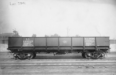 2010.030.BF.05--lee hastman collection 9x13 print--ICRR--steel gondola 125515 builders photo (AC&F lot 7381)--St Louis MO--1915 0800