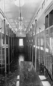 2010.030.BP.09B--lee hastman collection 4.5x7.5 print--AGS--wooden RPO car 105 interior builders photo (AC&F lot C5206)--St Charles IL--1908 0404