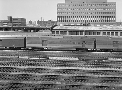 2010.030.01.P.09--lee hastman 6x7 neg--CB&Q--baggage RPO passenger car Silver Sheen--Chicago IL--1971 0425