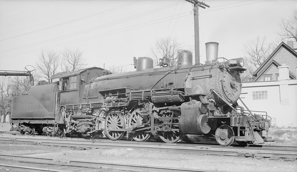 2010.030.01.S.024--lee hastman 116 neg [JdR]--CB&Q--steam locomotive 2-6-2 R-5-A 2110--Downers Grove IL--1952 1104