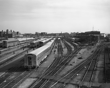 2010.030.09.1.009--lee hastman 4x5 neg--AT&SF--view of coach yard at 18th Street looking south--Chicago IL--1970s 0000