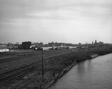 2010.030.09.1.010--lee hastman 4x5 neg--AT&SF--view of diesel shop and head end yard at 18th Street--Chicago IL--1970s 0000