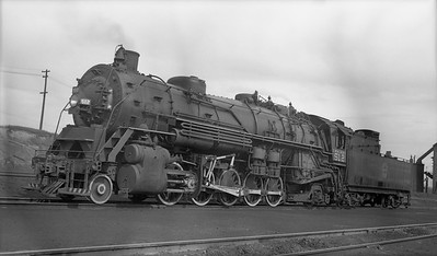 2010.030.04.005--lee hastman PC neg--DM&IR--steam locomotive 2-10-2 512--Proctor MN--1947 0606