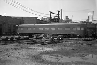 2010.030.05.7.026--lee hastman 6x9 neg--ICRR--technical instruction car 15 at 27th Street--Chicago IL--1969 0712