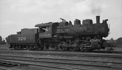 2010.030.05.1.017--lee hastman 116 neg--ICRR--steam locomotive 0-6-0 329--Freeport IL--1951 0729
