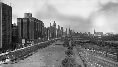 2010.030.05.8.001--lee hastman 116 neg--ICRR--scene looking north of yard and city from 12th Street Central Station--Chicago IL--c1950 0000