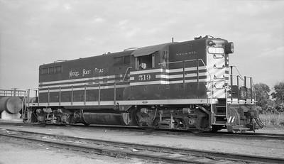 2010.030.10.D.011--lee hastman 116 neg--NKP--EMD diesel locomotive 519--New Haven IUN--1961 0725