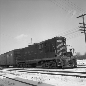 2010.030.10.D.005--lee hastman 120 neg--NKP--EMD diesel locomotive 406 with freight cars--location unknown--no date