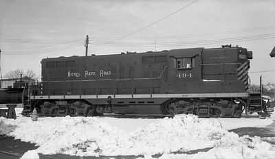 2010.030.10.D.008--lee hastman 116 neg--NKP--EMD diesel locomotive 494--Muncie IN--1961 0226
