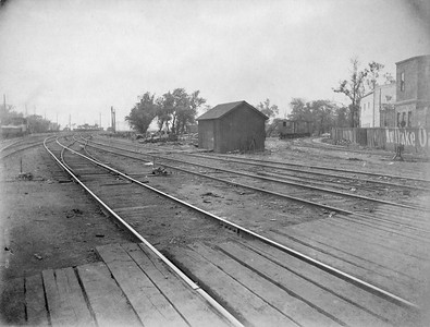 2010.030.CC.008--lee hastman collection cabinet card--PCC&StL CTT--view of tracks looking north from Archer Avenue showing C&A wye--Brighton Park IL--c1903 0000