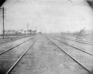 2010.030.CC.004--lee hastman collection cabinet card--PCC&StL CTT--view of tracks from a point just north of the C&A crossing--Brighton Park IL--c1903 0000