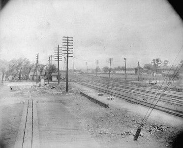 2010.030.CC.005--lee hastman collection cabinet card--PCC&StL CTT--view of tracks from a point 200 feet south of the C&A crossing looking north--Brighton Park IL--c1903 0000
