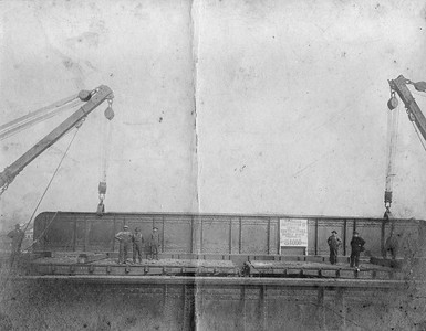 2010.030.CC.001--lee hastman collection cabinet card--PCC&StL CTT--view placing 42-ton 71-foot girder for track elevation project--Brighton Park IL--c1903 0000