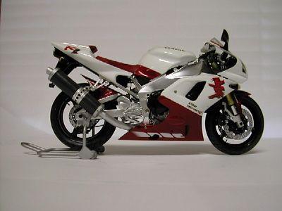1/12 Tamiya Yamaha YZF R1