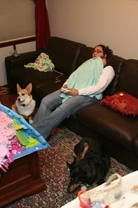Leela kindly lets mommy play Xbox
