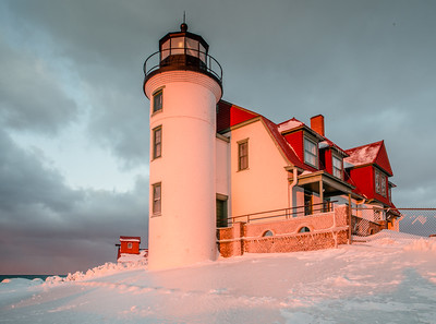 TLR-20190304-9140 Sunset bathes Point Betsie Light