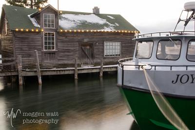 TLR-20181231-6335 Lights on Roof Edges, Fishtown