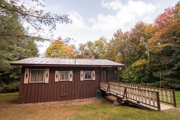Lee's Cabin