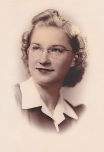 Photo labeled 1941, making Mom 21.  About the time that Nora and Allen became engaged.