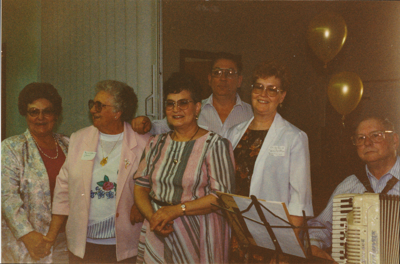 Aunt Minni's gang    The Year - was a 50th Anniversary of Stanley and Louise James, 1993.