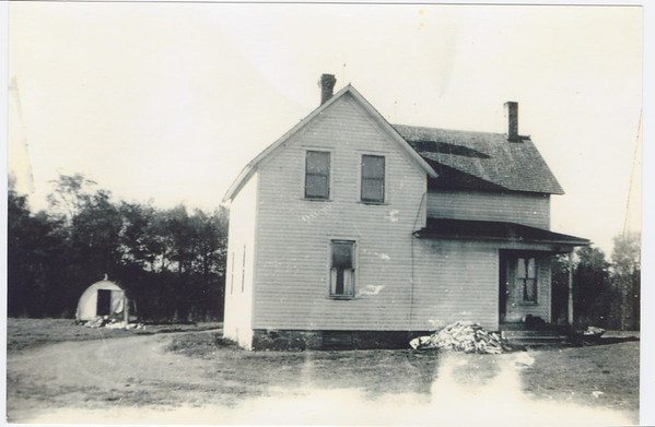Stanley Janes' House, outside of Princeton, MN.