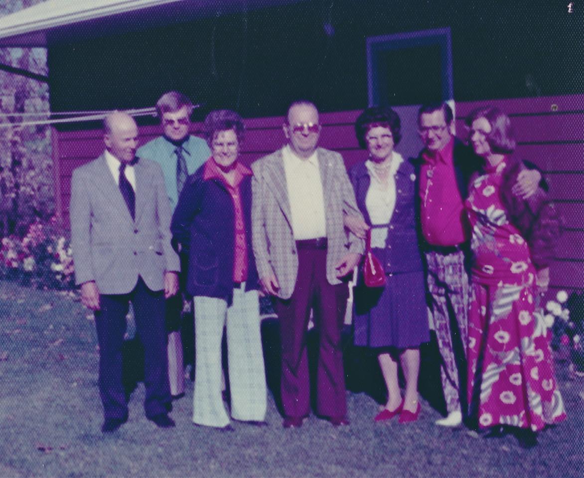 l-r  Walter (aka Sonny) Dodds, ?, Lorna Killmer-Tonn, Babe (Warren) Dodds, Flora Dodds (married to Al Schock of Denver), Allen Killmer, ?