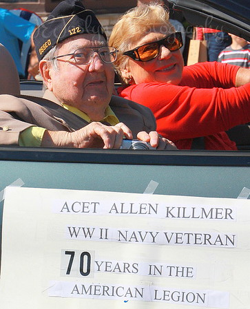 Dad-Parade-70 years w/Am.Legion   9-2015
