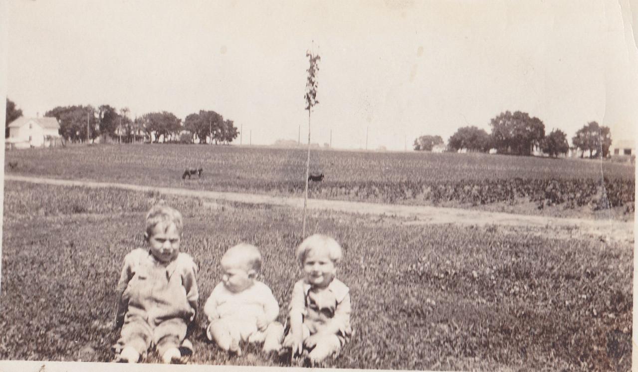 Bryon, Allen, Russell Killmer1922