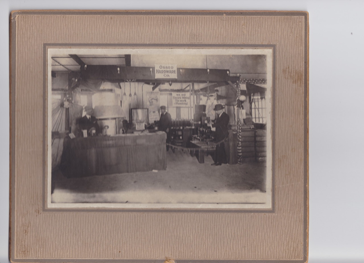 Osseo Hardware Co, Trade Booth, 1920, Trade Show, middle could be Pop, Lou Killmer