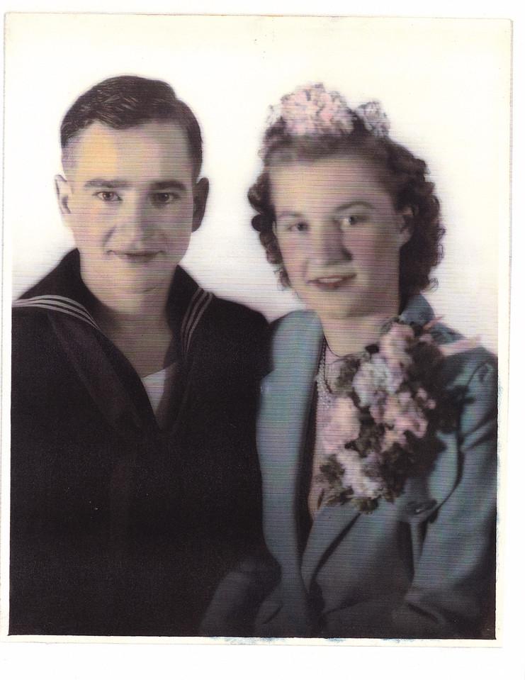 Nora/Allen were married, October 26,1942, October. Reverend Traugaut.