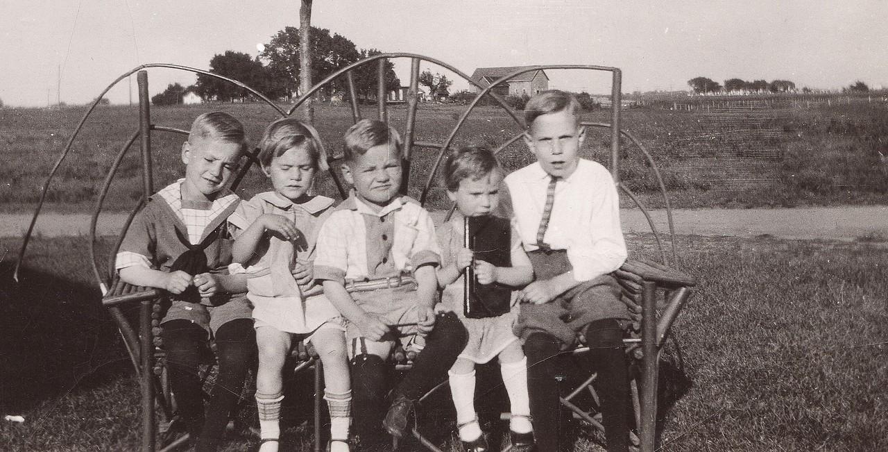 Allen, Lorna, Russell, Ruth, Byron   1926