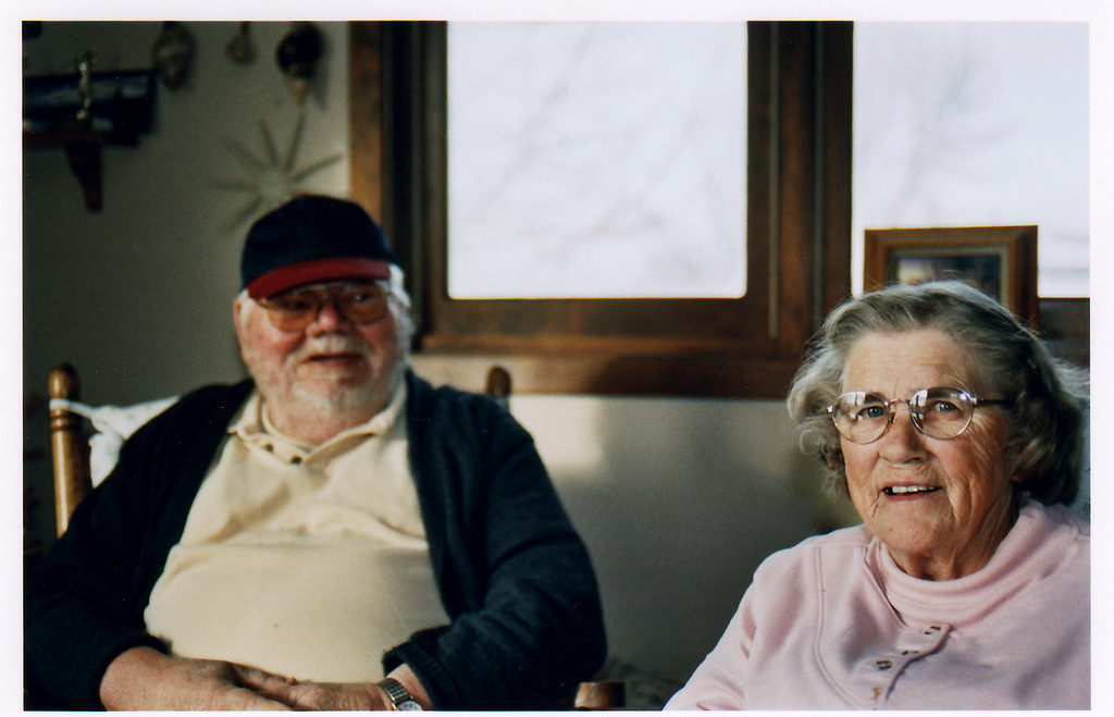 Dad's brother, Russell and Evelyn K   December 2005