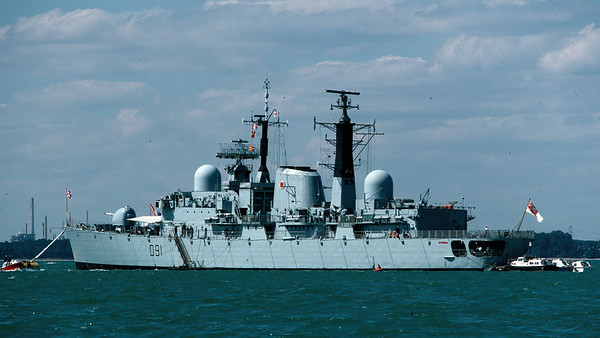 HMS Nottingham, Guard Ship for Cowes Week, 1987