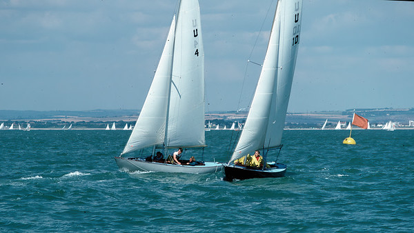 Class racing during Cowes Week, 1987