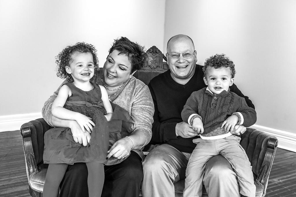 Brigdon Family 2015-22b&w