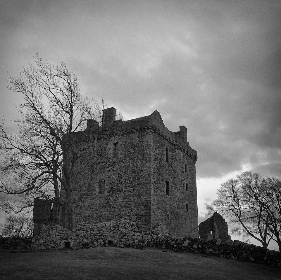 Balvaird Castle - tower block